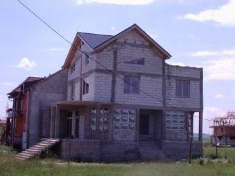 Casa cu design modern Campia Turzii de la Sc Imob Zolkov Srl