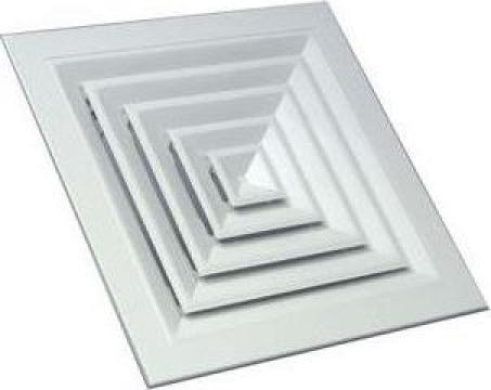 Anemostat rectangular cu refulare pe 4 directii de la Clima Design Srl.