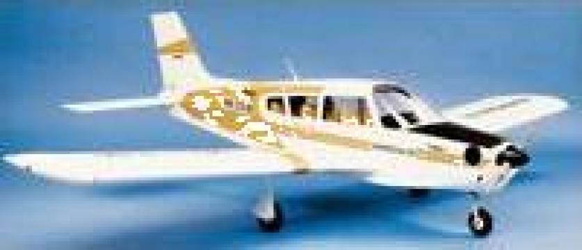 Jucarie, Avion piper arrow 2 de la Sc Max Model S.r.l.