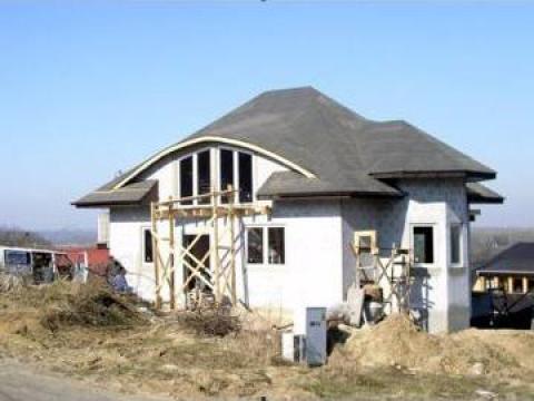Constructii pensiuni si cabane ecologice in Delta Dunarii