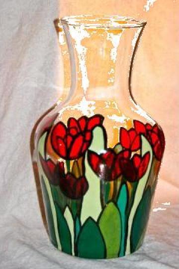 Vaza pictata manual de la Artime