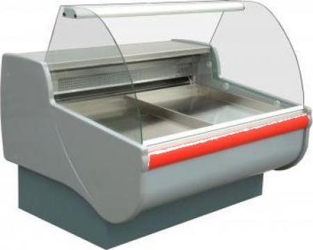 Vitrina frigorifica pentru peste 1.4 m