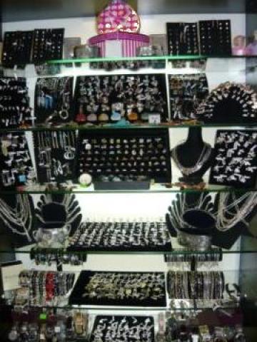 Bijuterii din argint si ceasuri de mana