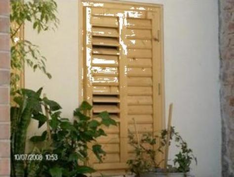 Tamplarie lemn de la Nisipeanu Grup