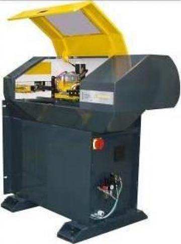 Masina CNC pentru confectionat tubulaturi complexe de la Artem Group Trade & Consult Srl