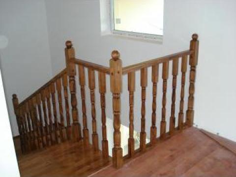 Balustrada din lemn masiv de fag de la Bigal Plast