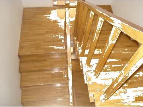 Scara de beton placata cu lemn masiv de stejar de la Bigal Plast