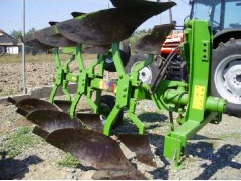 Plug reversibil 2-8 trupite de la Agritech Srl