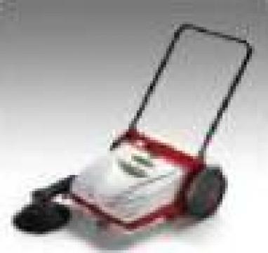 Masina de maturat stradala Manual sweeper P 151 de la Tehnic Clean System