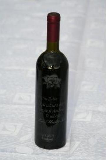 Sticle vin personalizate de la Prest Construct 2005