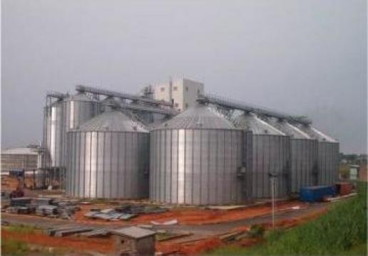 Silozuri metalice cu fund plan pentru cereale de la Useprest