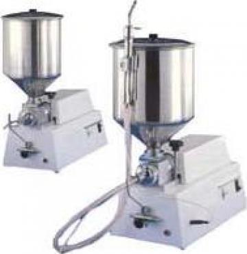 Dispozitiv dozare crema si umplere produse patiserie de la Utilaje Constructii Intercom Srl