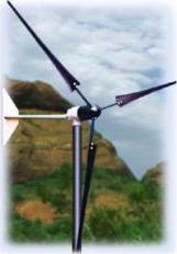 Turbina eoliana WHI 200 (energie electrica pentru o casa) de la Ecovolt