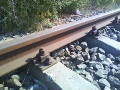 Sina CF 49, 40, material marunt, traverse lemn, beton