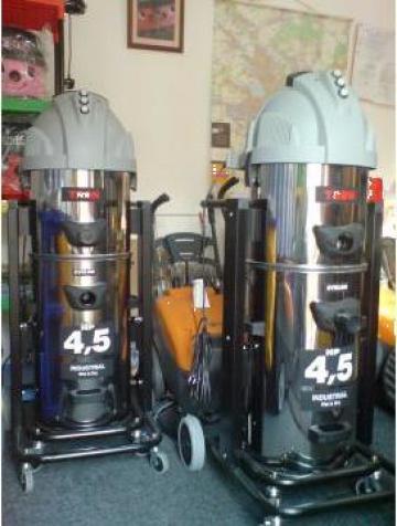 Aspirator industrial Tron cu trei motoare pt. constructii