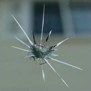 Reparatii parbrize - ciobituri, fisuri de la Automotive Glass Service Srl