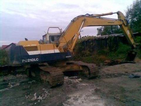 Excavator Komatsu PC 210 cupa 1,4 de la Pax Trans