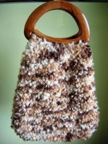 Traista din lana buclata tricotata de la Danna Stil