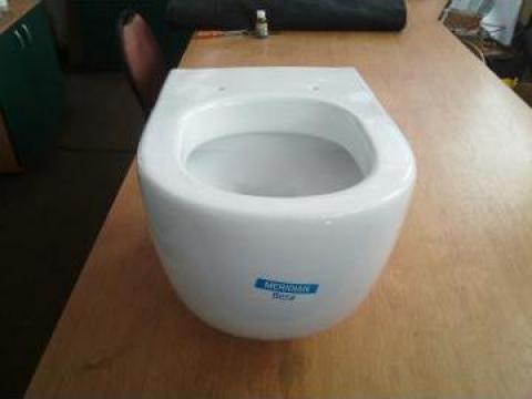 Scaun toaleta WC suspendat Roca de la S.c. Dg Solar S.r.l.