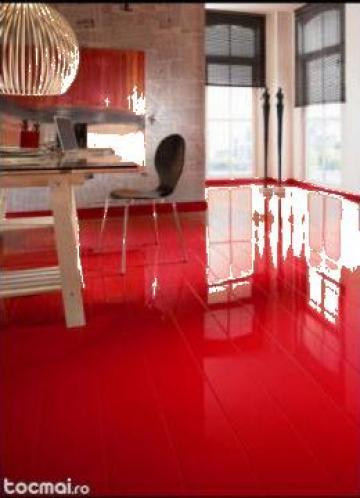 Parchet alb, rosu, negru de la Pfa Soare Cristian Ionut