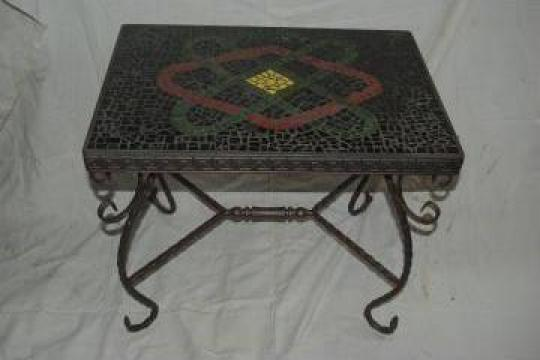 Masuta pentru cafea din fier forjat si mozaic de la Forjart Srl