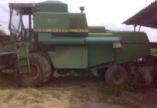 Combina agricola John Deere 975