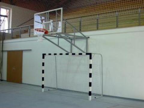 Poarta handbal lemn pe pardoseala de la Prosport Srl