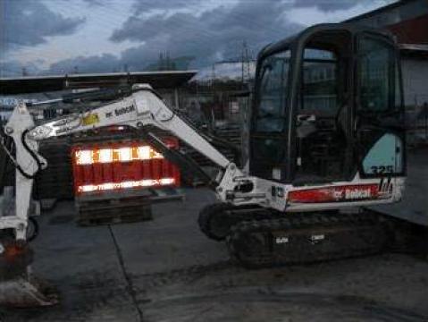 Inchiriere miniexcavator Bobcat x325 de la Rovitel Srl