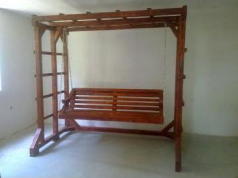 Leagan de lemn pentru 3 persoane de la Ela Natto