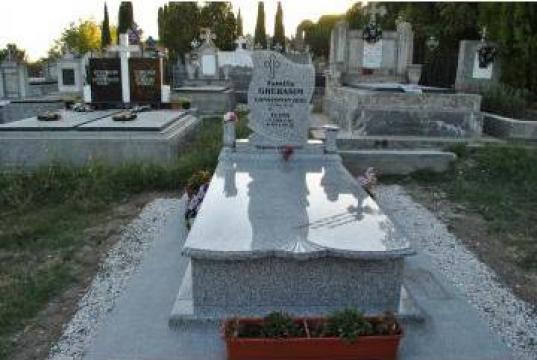 Cruci si pietre funerare de la Sc A & L Palko Srl