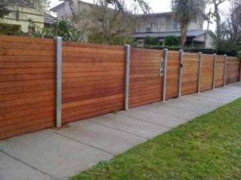 Garduri din lemn de la Rollux Construct