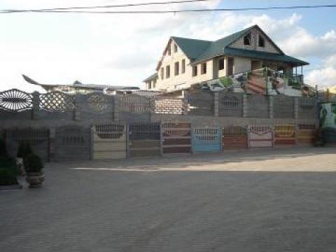 Garduri placi beton de la Amonra Sun Srl