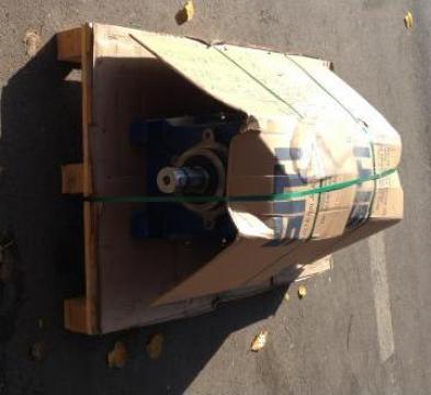Motor electric 1.5kw 1500 rpm B5 400v + reductor de la Baza Tehnica Alfa Srl