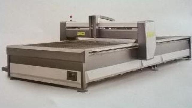 Masina de debitat tabla cu plasma / ozigaz / waterjet de la Tecno Euromag Srl