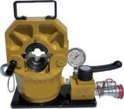 Presa hidraulica 120 tone de la Hidraulica Industrial Srl.
