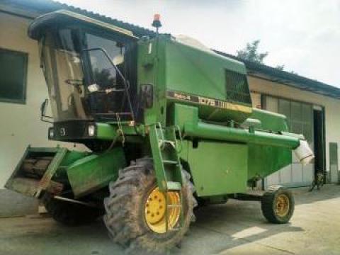 Combina agricola John Deere 1075 Hydro 4 de la Capital Util Srl