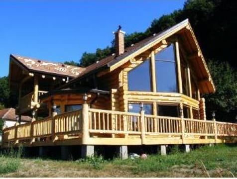 Case cabane din lemn de rasinoase falticeni log homes for Case de lemn rotund