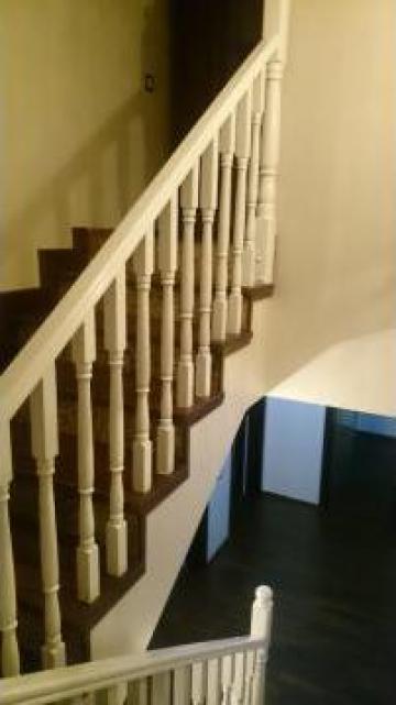 Balustrada alba