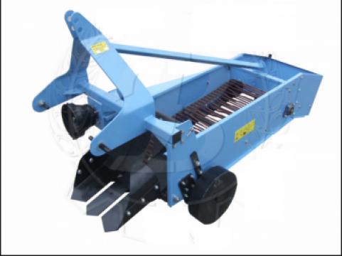 Masina de recoltat cartofi 1 rand Z661 ECO