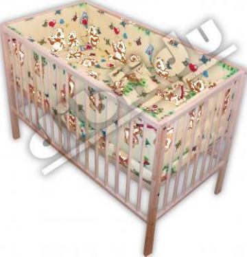 Lenjerie pentru patut bebe cu 5 piese de la I.I Pek A. Istvan