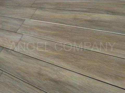 Gresie imitatie lemn de la Angel Company Srl