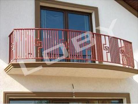 Balustrada din fier forjat geometric din teava de la Loby Design