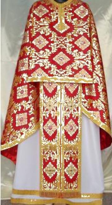 Vesmant preotesc cu stema Patriarhiei de la I.f. Sandu Florin
