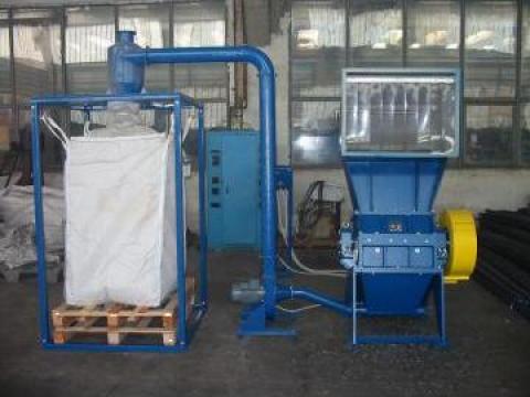 Moara de tocat deseuri de la Sc Schuster Recycling Technology Srl