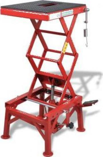 Cric pentru motocicleta rosu 135 kg cu suport picior