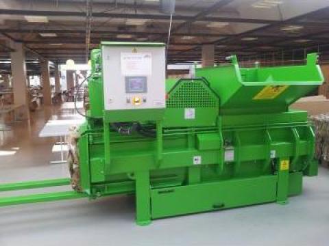 Presa canal cu legarea automata a balotilor de la Sc Schuster Recycling Technology Srl