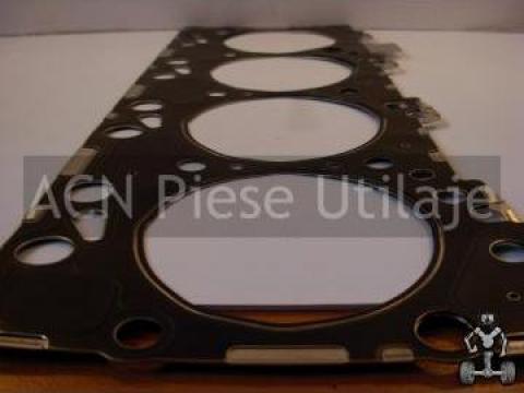 Garnitura de chiuloasa motor Iveco F4GE0454 de la ACN Piese Utilaje