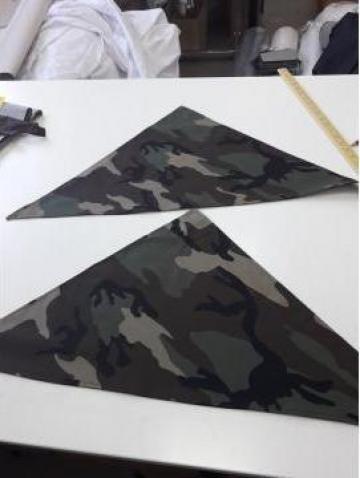 Bonete triunghi army - cameleon
