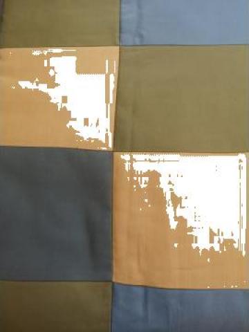 Cuvertura pentru pat dublu cu patrate de la Linea Oro Class