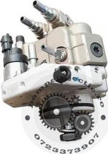 Pompa injectie electrica buldoexcavator Case 580 ST 4898921 de la Magazinul De Piese Utilaje Srl